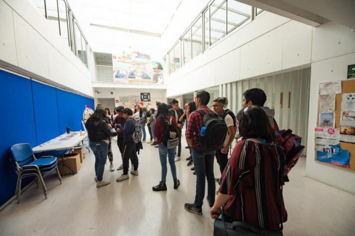 Centro Meneses recibe distintivo por su compromiso y servicio social